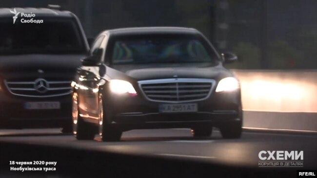 18 червня кортеж Зеленського знову «розганяв» авто за допомогою блимавок