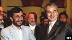 ایران و مالزی روابط گسترده اقتصادی با یکدیگر دارند.