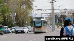 Самарқандда трамвай қатнови йўлга қўйилди