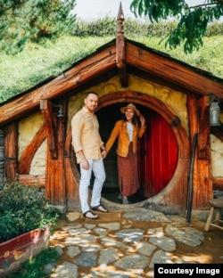 Дмитрий с женой