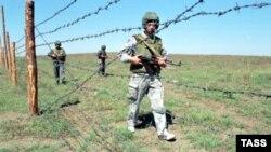 Колючая проволока на границе с Чечней не помешала боевикам проникнуть в Ставропольский край
