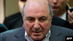 Russian tycoon Boris Berezovsky leaves London's High Court on August 31, 2012.