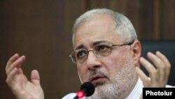 Руководитель парламентской фракции Армянской революционной федерации «Дашнакцутюн» Ваан Ованнисян
