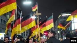 Германи -- Малхбузе бусулба ян гIертарна дуьхьал марш. Дюсселдорф (Duesseldorf),12 Дечк.2015