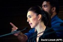 Jacinda Ardern pred parlamentom je obećala da nikada neće izgovoriti ime ubojice iz džamija u Christchurchu