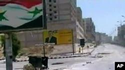 Străzi pustii în oaşul Hama, după un raid al armatei siriene