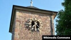 Колокольня протестантской церкви Св. Якоба в коммуне Херксхайм-ам-Берг в земле Рейнланд-Пфальц