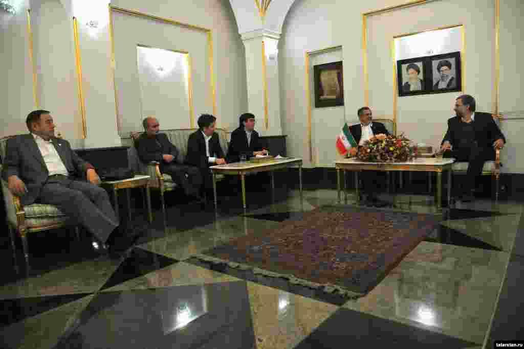 Татарстан президенты Рөстәм МиңнехановИранда эш сәфәрендә