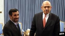 Тегеран - Иран президенти Махмуд Ахмединежад жана МАГАТЭнин директору Мохаммад ал-Барадей.