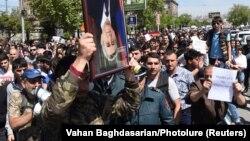 Протести на поддржувачи на опозицијата во Ереван
