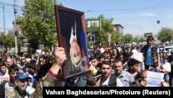 Протести проти призначення Сержа Сарґсяна прем'єр-міністром Вірменії, тривають, Єреван, 19 квітня 2018 року