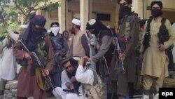 د پاکستاني طالبانو یو انځور- ارشیف.24 April 2009