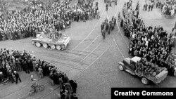 Радянські війська вступають у Ригу, 1940 рік