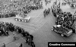 Радянські війська вступають у Ригу. Липень 1940 року