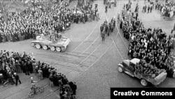 Советские войска вступают в Ригу, 1940