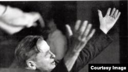 George Enescu la Bryanston în 1952 (Foto: William Glock, Notes in Advance. An Autobiography in Music)