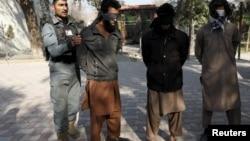 Схваченный правительственными войсками боевики «Талибан»