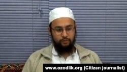 Известный среди своих кумиров как Абдулла Бухари узбекский имам Мирзаголиб Хамидов был застрелен в Стамбуле в 2014 году.