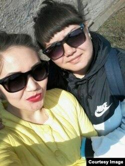 Сестры Оксана и Аня