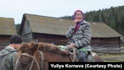 Кизеке ауылының тұрғыны Зоя Топакова.