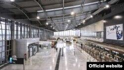 Pamje nga Aeroporti Ndërkombëtar i Prishtinës.