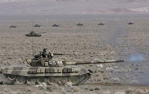 Forças iranianas realizarão manobras no próximo mês