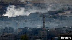 Սիրիա - Քոբանիից ռմբակոծությունների հետևանքով ծուխ է բարձրանում, 20-ը հոկտեմբերի, 2014թ․