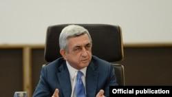 В марте прошлого года президент Армении Серж Саргсян заявил, что правительство, которое по результатам года не обеспечит 7-процентный рост, должно подать в отставку