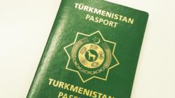 Türkmenistanyň Migrasia gullugy daşary pasport bermegi yza çekýär