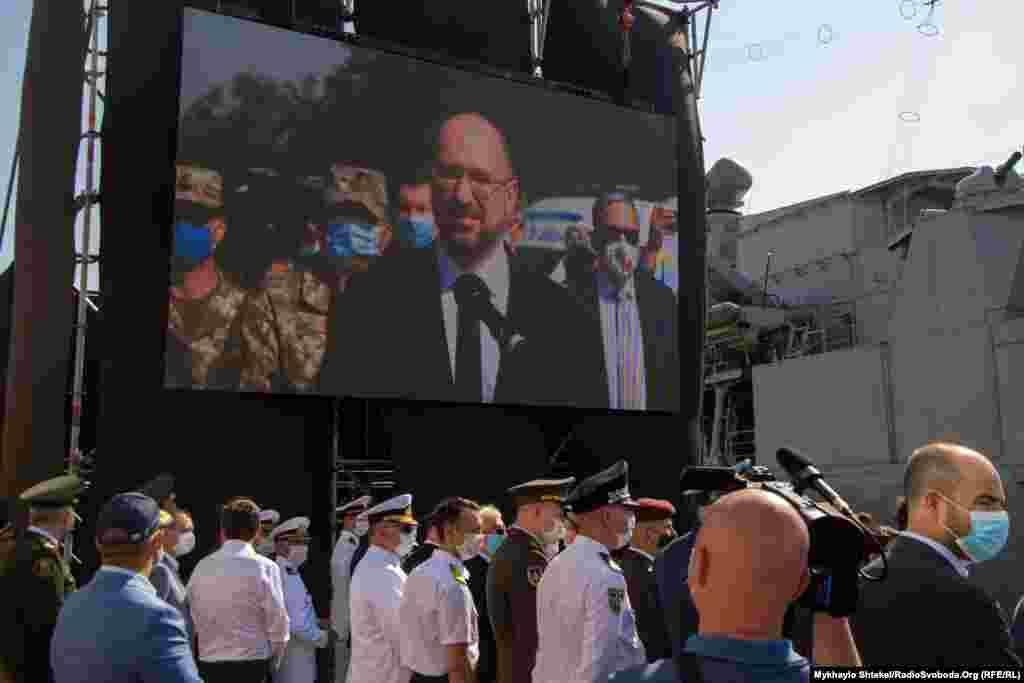 Через відеозв'язок зі Слов'янська Донецької області до моряків звернувся прем'єр-міністр Денис Шмигаль. 5 липня відзначається річниця звільнення міста від проросійських бойовиків