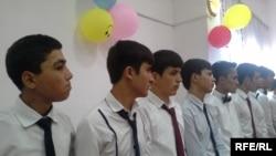 В Таджикистане прозвучал «звонок зрелости»