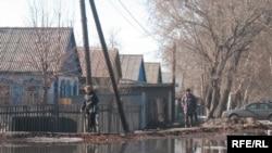 Қызылсу басқан Көкпекті ауылы, Қарағанды облысы. 1 сәуір 2010 жыл. (Көрнекі сурет)