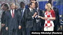 V.Putin, E.Makron və K.Q.Kitaroviç