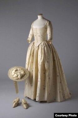 Шелк и сатин - 1780. Так Джейн Бэйли вышла замуж за Джеймса Уикхэма