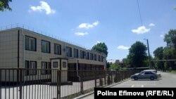 Клуб на околиці Новошахтинська, де відкрився пункт видачі паспортів