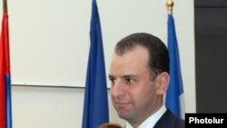Руководитель аппарата президента Армении Виген Саргсян, 17 октября 2011 г.