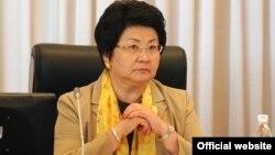 Кыргызстандын мурдагы президенти Роза Отунбаева