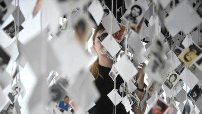 """Umjetnička instalacija """"Prijedor 92"""", posvećena žrtvama rata iz tog grada u BiH, prvi put je predstavljena u Beogradu u maju 2018. (ilustracija)"""
