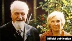 Părintele Dumitru Stăniloae împreună cu fiica sa Lidia, în 1976.