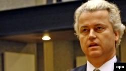 Хеерт Вилдерс, лидер ультраправых, депутат голландского парламента, в зале суда. Амстердам, 20 января 2010 года.