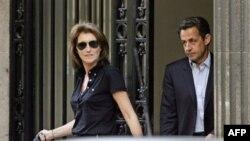 Francuski predsjednik Nicolas Sarkozy i njegova supruga Cecilia
