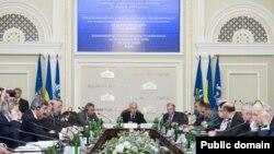 Під час роботи міжнародної парламентської конференції з питань європейської безпеки у Києві, 13 липня 2009 р.
