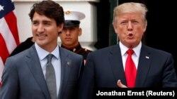 Канада премьер-министрі Джастин Трюдо (сол жақта) мен АҚШ президенті Дональд Трамп.