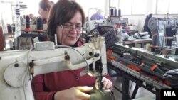 Работнички шивачки во текстилна индустрија