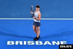 Еліна Світоліна після перемоги в жіночому фіналі турніру Brisbane International в австралійському Брісбені, 6 січня 2018 року