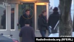 Голова правління «Укрнафтобуріння» Михайло Бакуненко та депутат Віталій Хомутиннік в аеропорту «Бориспіль»