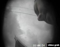 На одному з відео в кадр частково потрапляє обличчя людини, яка здійснювала запис – «Схеми» встановити, що це Штанько Дмитро Олександрович