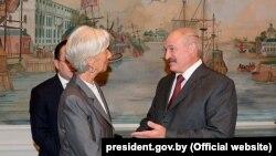 А. Лукашенко менен ЭВФ директору К. Лагард.