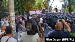 Protestul din intersecţia cu strada Mitropolit Bănulescu-Bodoni