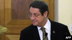 Kipr prezidenti Anastasiades Türkiyənin xəbərdarlığından narahat deyil